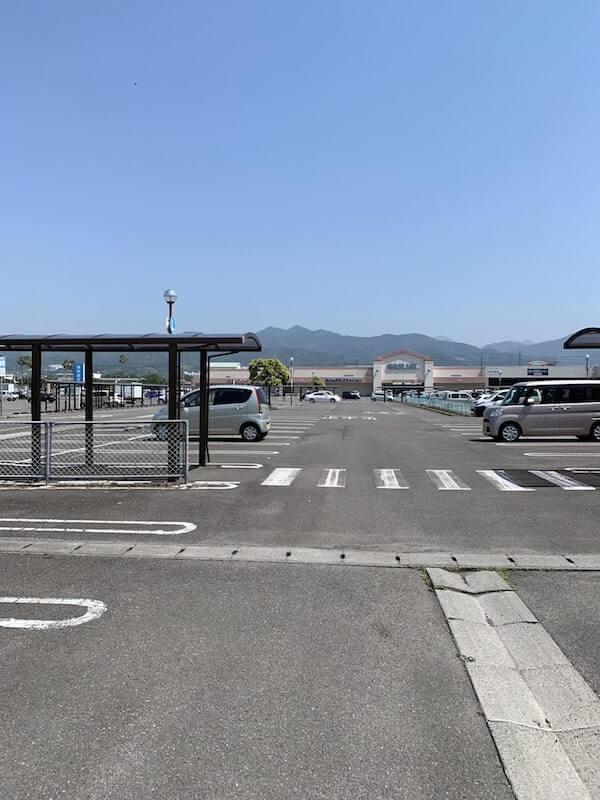 レスパスシティの駐車場