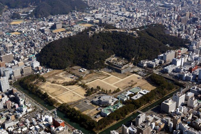 松山城航空写真